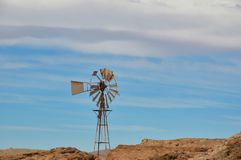 Alte Windmühlenpumpe, Santa Laura Lizenzfreie Stockfotografie