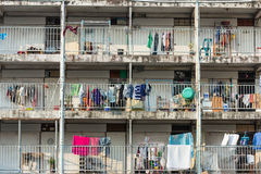 Alte Wohnung im Elendsviertel Stockbild