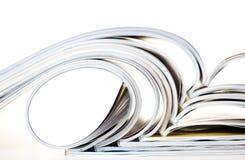 Alte Zeitschriften mit verbiegenden Seiten Lizenzfreies Stockbild
