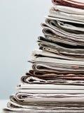 Alte Zeitungen lizenzfreies stockfoto