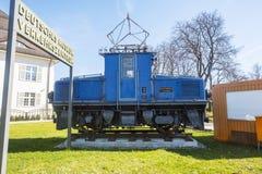 Alte Zugmaschinen am Deutsches-Museum Verkehrszentrum in MU lizenzfreies stockbild