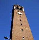 Alte Zusammenfassung Castellanza in Italien die Straßenlaterne Lizenzfreies Stockfoto