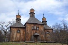 Alten hölzernen St Michael Kirche Lizenzfreie Stockbilder