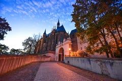 Altenburg Niemcy, Maj 2018 -: imponująco siedziba kasztel przed błękitnym lata niebem zdjęcia royalty free