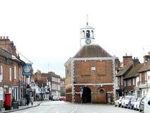 Alter Amersham-Markt herr?hrend voner Hall das 17. Jahrhundert in Amersham, Buckinghamshire lizenzfreie stockbilder