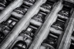 Alter Architekturabschluß oben, alte Stadt von Bukarest Lizenzfreie Stockfotografie