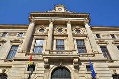 Alter Architekturabschluß oben, alte Stadt von Bukarest Stockbilder