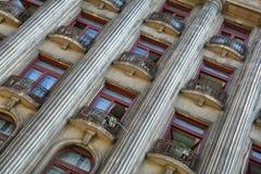 Alter Architekturabschluß oben, alte Stadt von Bukarest Stockfotos