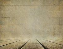 Alter Backsteinmauer- und Bretterbodenhintergrund Lizenzfreies Stockbild