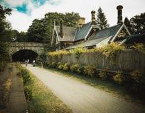 Alter Bahnhof auf Mensal Spur lizenzfreie stockfotografie