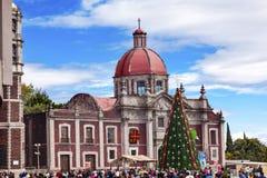 Alter Basilika-Schrein von Guadalupe Christmas Day Mexiko City Mexiko Lizenzfreie Stockfotografie