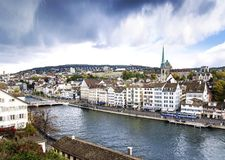 Alter Bereich zentralen historischen Wahrzeichens Zürichs Altstadt Stadt Lizenzfreie Stockbilder