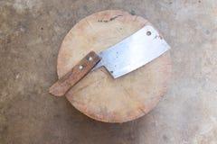 Alter Block und altes Messer Lizenzfreies Stockbild