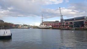 Alter Bristol Docks und Kräne Lizenzfreie Stockfotos