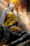 Alter Buddha und alte Backsteinmauer auf alten Monumenten, die sind Lizenzfreie Stockfotografie