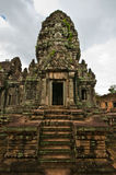Alter buddhistischer Khmertempel Stockbilder