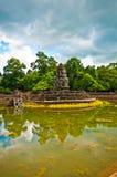 Alter buddhistischer Khmertempel lizenzfreies stockbild