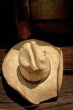 Alter Cowboyhut Stockbilder