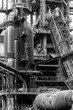Alter Fabrikhochofen lizenzfreie stockfotografie