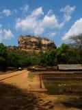 Alter Felsen Sigiriya in Sri Lanka lizenzfreies stockbild