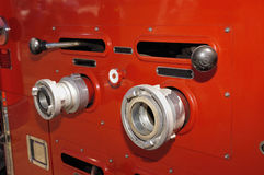 Alter Firetruck am Erscheinen Stockfotografie