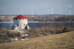 Alter Fort Turm und Windmühlen Stockbild