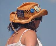 Alter, gekräuselter Cowboy Hat bei Jazzfest Lizenzfreie Stockfotografie