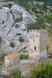 Alter Genoese Festungsturm und -tempel Lizenzfreie Stockfotografie
