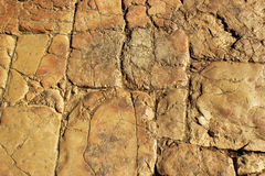 Alter getragener Steinbürgersteig poliert von den Füßen Leuten in der alten Stadt von Jerusalem, Israel lizenzfreie stockfotografie