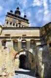 Alter Glockenturm in Sighisoara Stockfotos