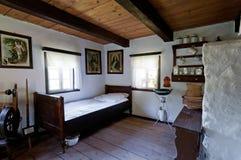 Alter hölzerner Haus-Innenraum Stockbild