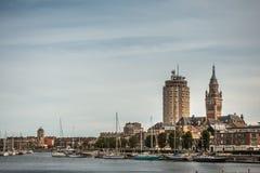 Alter Hafen mit drei Türmen Dunkerque, Frankreich lizenzfreie stockfotografie