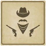 Alter Hintergrund des Cowboyhuts und des Gewehrs Lizenzfreie Stockfotografie