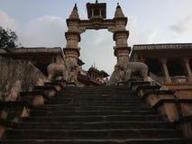 Alter indischer Tempel Stockfotos