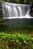 Alter künstlicher Wasserfall Lizenzfreies Stockfoto