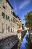 Alter Kanal in Lucca, Italien Lizenzfreies Stockfoto