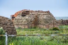Alter Kirchhof auf dem archäologischen Monument Terekty-Aulie Lizenzfreies Stockfoto