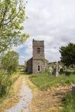 Alter Kirchhof und Kirche Inchigeelagh lizenzfreie stockfotos