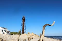 Alter Leuchtturm auf der unbewohnten Insel Stockfoto