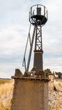 Alter Leuchtturm in einem zurückgeforderten Polder stockbild