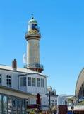 Alter Leuchtturm in Warnemuende lizenzfreie stockfotografie