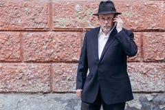 Alter Mann auf dem Gebiet Lizenzfreie Stockbilder