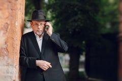 Alter Mann auf dem Gebiet Lizenzfreies Stockbild