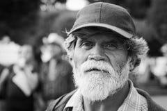 Alter Mann auf der Straße Stockfotografie