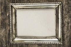 Alter metallischer Fotorahmen Lizenzfreie Stockfotografie