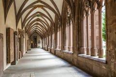 Alter mittelalterlicher Hof des ehemaligen Stephan-Haubenklosters Stockfotografie