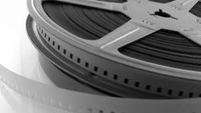 Alter 8mm Film im Kanister stock video
