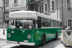 Alter Oberleitungsbus Stockfoto