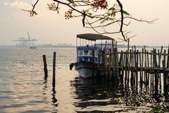 Alter Pier für Boote machte †‹â€ ‹vom Bambus, Cochin, Kerala, Indien Stockfoto