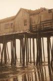 Alter Pier im Sepia Lizenzfreie Stockbilder